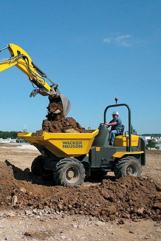 Wacker Neuson 6001 Dumper in action